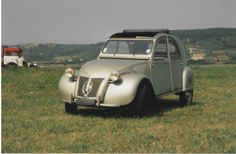 voitures des membres du retraumobile club de haute savoie 74 de 1940 a 1959. Black Bedroom Furniture Sets. Home Design Ideas